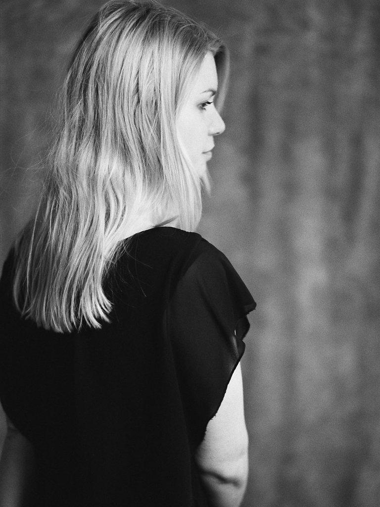 Julia-StipsitsKristina-Satori-01.jpg
